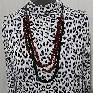 👒Madison cheetah print turtle neck Inv4/26👒